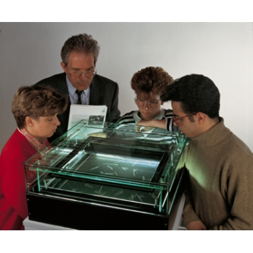 Small Diffusion Cloud Chamber