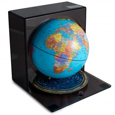 """Globe, Season Modeling 6"""""""
