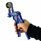 Hand Vacuum Pump With Gauge, Fieldmaster®